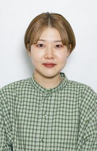 中川 麻依